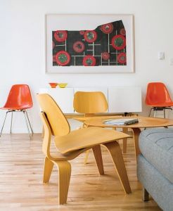 Classic Style Eames Molded Plywood Chair pictures & photos