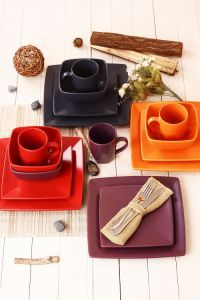 Hot Sale 2016 Square Shape Stoneware Salad Plate pictures & photos
