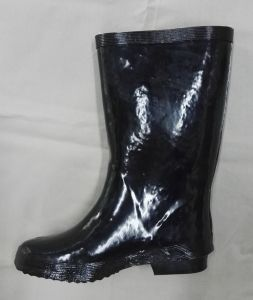 General Using Cheap MID-Calf Rainboot for Women with Plush Lining for Winter Season pictures & photos