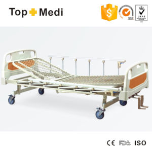 Topmedi Hospital Pedal Locking Manual Three Function Steel Hospital Bed pictures & photos