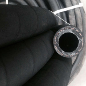 High Pressure Black Rubber Hose for Water Industrial Hose pictures & photos