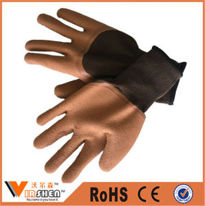 Oil Resistant Liner Blue Foam Crinkle Coated Working Gloves pictures & photos