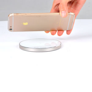 Universal Qi Wireless Charger 2016 Private Model for iPhone 7 pictures & photos