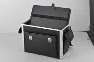 We Offer Aluminium Laptop Case pictures & photos
