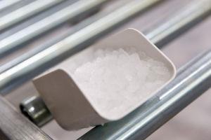 Flake Ice Machine (SZB-200) pictures & photos