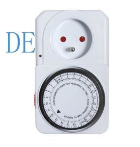 Tg-14 Programmable Mechanical Timer Switch Timer Socket Electrical Plug pictures & photos