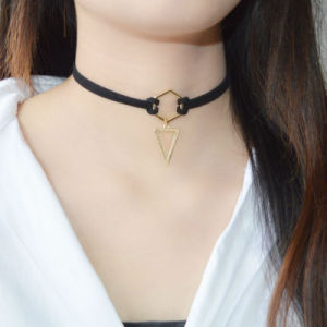 Gold Plated Geometry Triangle Pendant Black Leather Choker Necklaces pictures & photos