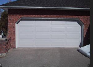 Wholesale Residential Electric Aluminum Roller Shutter Garage Door (Hz-FC0632) pictures & photos