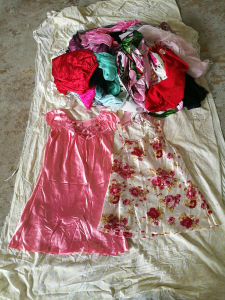 Gracer Original Recycling Silk Nightwear Used Clothing Canada Style pictures & photos
