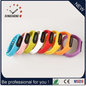 Pedometer Watches Sport Wristwatch Silicone Bracelet Watch (DC-003) pictures & photos