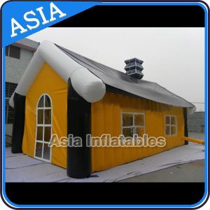 Commercial Grade Inflatable House for Christmas Event Decoration pictures & photos