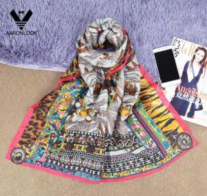Wholesale Women Retro Design High Level Trendy Silk Wool Scarf pictures & photos