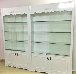 Wooden Cosmetic Stand Rack Showcase Cosmetic Rack for Display (GZ-0032) pictures & photos