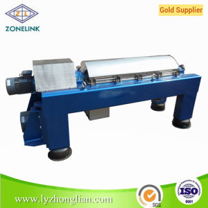 Lw450 Horizontal Type Spiral Discharge Centrifuge for Water Treatment pictures & photos