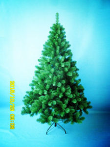 6FT/180cm Natural Green PVC Tipschristmas Tree with Incandescent Lights (MY100.057.01) pictures & photos