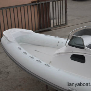 Liya 8.3m Rigid Hull Inflatable Boat Cabin Rib Boat Sale pictures & photos