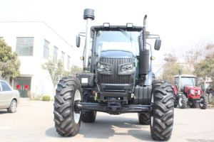 130HP 4WD Large Farm Tractor with High Quality pictures & photos
