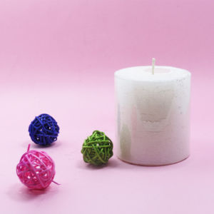 5*5 Colour Decorative Pillar Candle pictures & photos