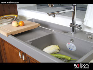 Welbom Antique Customized Solid Wood Kitchen Cabinets pictures & photos