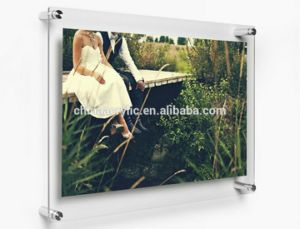 Custom Acrylic Wall Mount Magnetic Photo Frame pictures & photos