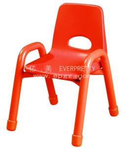 China Factory Kids Furniture Stackable Plastic Chair for Kids (SF-01C) pictures & photos