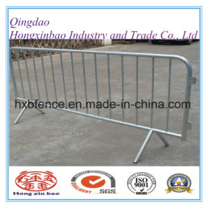 Galvanized Crowd Control Barrier with Cross Feet/Steel Traffic Barrier pictures & photos