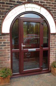 Professional Manufacturer of Woodgrain Oak Arch Door (BHP-CDA12) pictures & photos