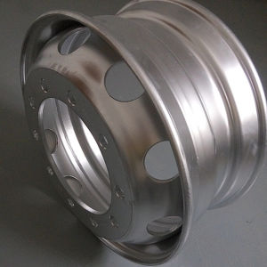 Spoke Rim Use in Sino Truck and School Bus pictures & photos