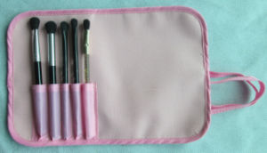 Make up Brush pictures & photos