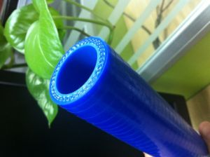 Chinese Environmental Silicone Hose Blue Fiber Braid Silicone Hose pictures & photos