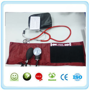 Aneroid Sphygmomanometer with Sprague Pappaport Stethoscope pictures & photos