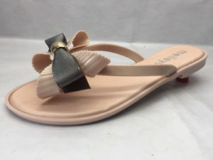 All-Match and Sweet PVC Flip Flops with Flower in The Strap (24ja1721) pictures & photos