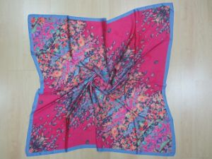 Ladies′ Square Satain Scarf