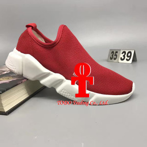 Baleniaga Casual Leisure Running Shoe Red 35-39yards and Black 35-43yards (GBSH003) pictures & photos