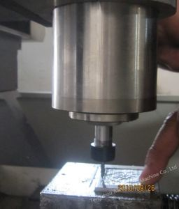China Supplier Metal Engraving Cutting CNC Router Machine pictures & photos