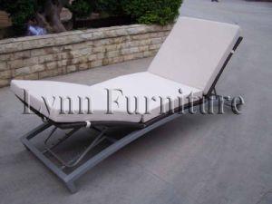 Sun Lounger (LN-099) pictures & photos