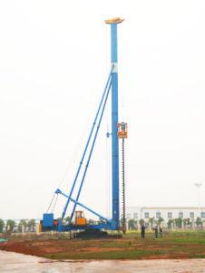 Hydraulic Foot-Step Long Screw Drilling Machine (CFG26)