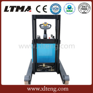 Small Stacker 1.2 Ton Electric Reach Stackers for Sale pictures & photos