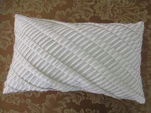 Shutter Pleats Solid Grey Oblong Pleat Pillow pictures & photos