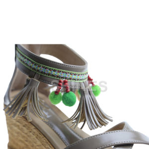 Ladies Fashion High Heel Sandal with Tassels and Bead pictures & photos