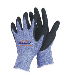 13 Guage Hppe Fibre Knitted Safety Gloves with Sandy Nitrile Coated Ce En388 N-D133