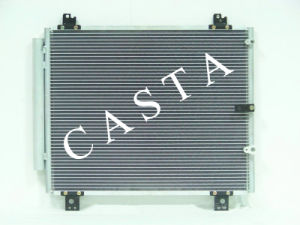 High Quality Aluminum Auto Condenser for Toyota Hiace (05) pictures & photos