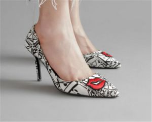 Red Lip Sexy High Heel Pump pictures & photos