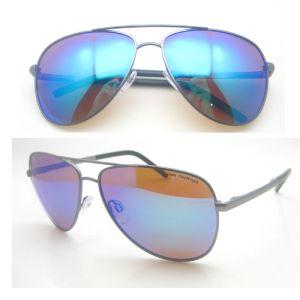 2016 Unisex Metal Polarized Fashion Sunglasses with UV 400 pictures & photos