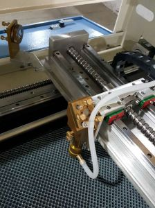 100W Cellulose Acetate PVC/ABS Wood Non Metal CO2 Laser Cutting Machine pictures & photos