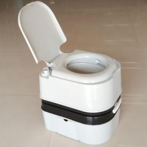 24L Portable Toilet Outdoor Mobile Toilet Plastic pictures & photos