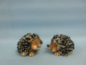 Hedgehog Shape Ceramic Crafts (LOE2532-C7) pictures & photos