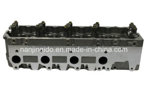 Auto Engine Parts for Toyota Land Cruiser Cylinder Head 11101-69175 pictures & photos