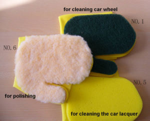 Latex Glove with Scourer pictures & photos
