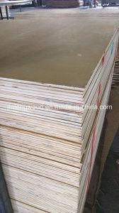 1220*2440mm Melamine Plywood/Veneer Plywood pictures & photos